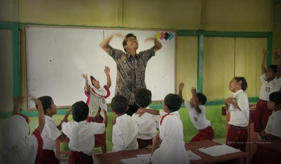 kedekatan guru dengan siswa membuat rasa nyaman dan semangat siswa di sekolah
