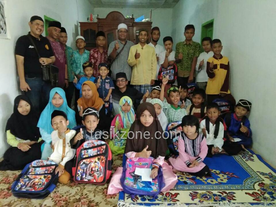 Diakhir Ramadhan, SBU Santuni Peralatan Sekolah Kepada Anak Yatim