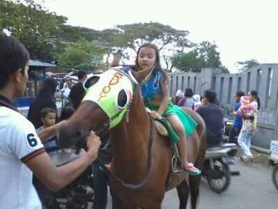 Ditempat Ini, Nunggang Kuda Jadi Andalan Ngabuburit