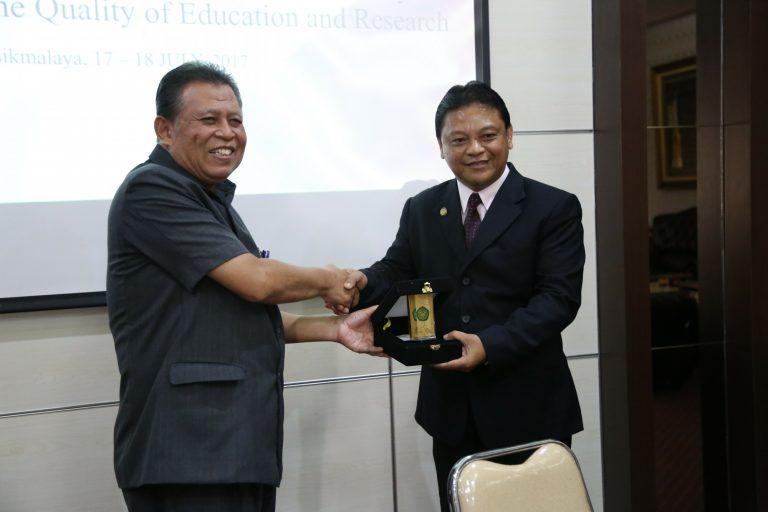 Kunjungan Leyte Universitas Filipina