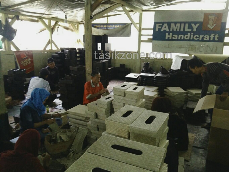 Kampung Kreatif Sukaruas Eksportir Handicraft Ke Kancah Internasional