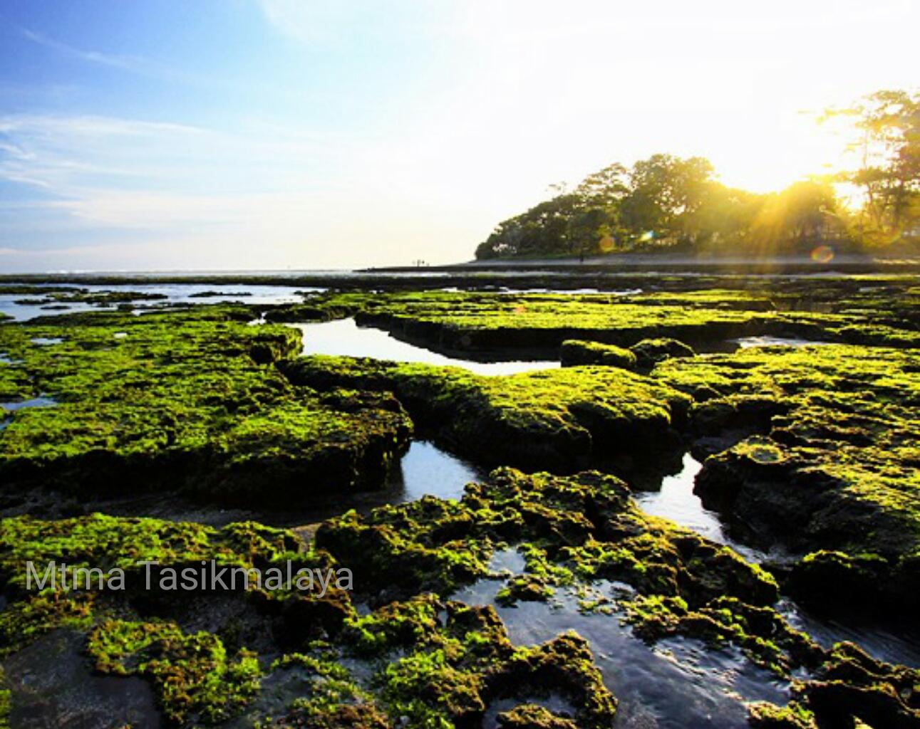 10 Tempat Wisata yang Wajib Dikunjungi Saat Libur Panjang