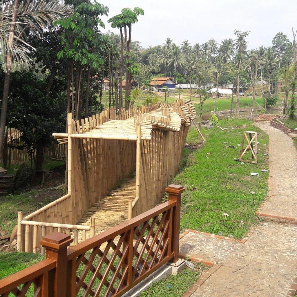 Wisata Bambu Karangresik Tasikmalaya