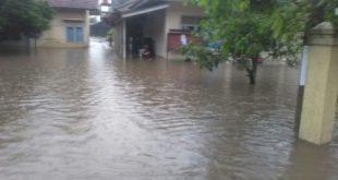 Kelurahan Tugujaya Kebanjiran Sampai Masuk Aula