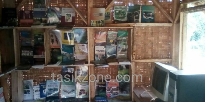 Di Desa Ini Ada Saung Yang Sediakan Buku Pertanian