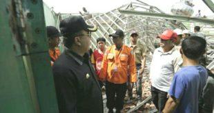 Walikota Tinjau Lokasi Dampak Gempa 6,9 SR