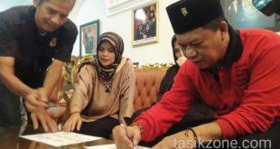 KPU Lakukan Pendataan Ke Rumah Cawagub Anton Charliyan
