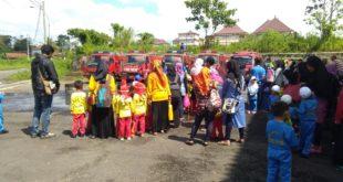 Kantor Pol PP Dan Damkar Diserbu Ratusan Anak