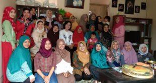 Komunitas Merajut Tasik, Ikut Ramaikan TOF 2018