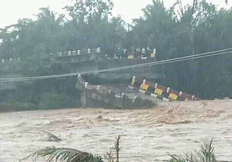 Hj Sarimaya Turut Berduka Atas Musibah Banjir Di Cipatujah