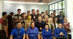 SBY Cicipi Bubur Zenal, Begini Katanya