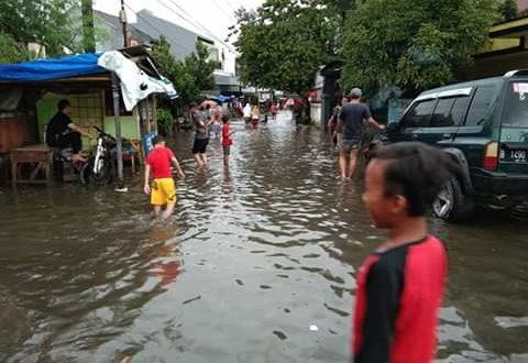 Akibat Hujan Deras Bojong Tritura Banjir