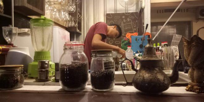 Cafe Aladdin Gagas Konsep Unik Untuk Menarik Pengunjung