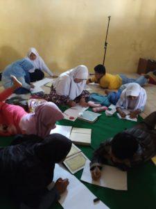 Kondisi Saat Belajar Anak-anak kegiatan Belajar Di Madrasah