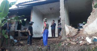 Hujan Deras Guyur Tasikmalaya Akibatkan Banjir Dan Longsor, 1 Rumah Jebol Di Sukaraja