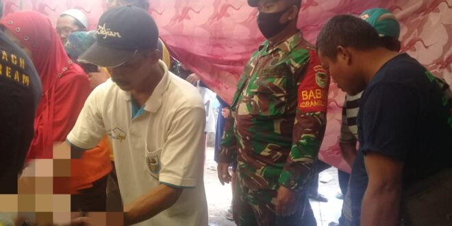 Di Cibalong, Naas Kecelakaan Kerja Pada Saat Memotong Kayu Mengakibatkan Orang Meninggal Dunia
