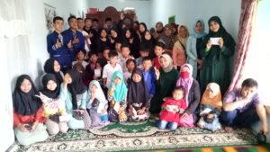 Foto Bersama IREMA AL-Hikmah dengan Anak Yatim Piatu Yayasan Wadhi Barkah
