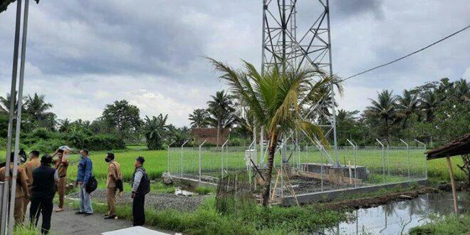 Warga Tawang Banteng Keluhkan Pembangunan Tower 'Bodong' Harus Segera di Bongkar